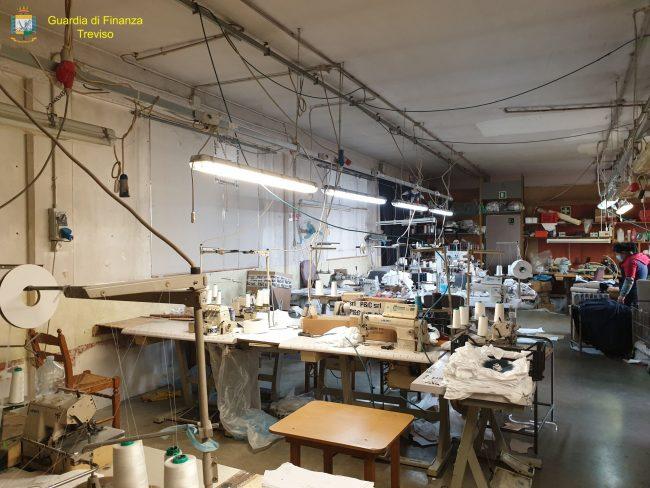 Gestione illecita di rifiuti, azienda tessile di Castello di Godego sotto sequestro