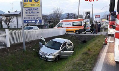 Fuori strada con l'auto a Caerano San Marco: un ferito