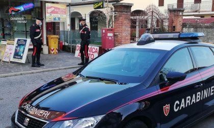 """Usava la loro tabaccheria in centro a Castelfranco come un """"bancomat"""": si sono fidati dell'amico sbagliato"""