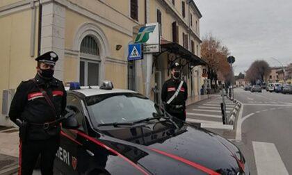 """Furto alla """"Oviesse"""" di Castelfranco, dallo zaino spuntano etichette e placca antitaccheggio: due stranieri denunciati"""