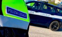 In stato confusionale rischia di finire nel Muson: salvata dalla Polizia locale