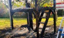 La casetta sull'albero prende fuoco, paura a Montebelluna