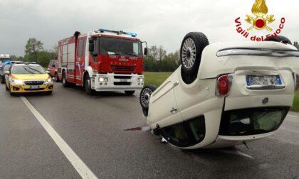 Incidente sulla Treviso Mare, tre auto coinvolte: un ferito
