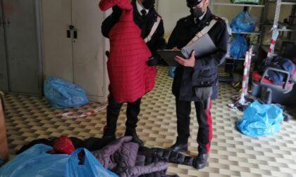 Magazzino di merce contraffatta scoperto dopo una rissa violenta a colpi di coltello