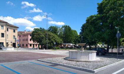 Tornano a splendere (e a funzionare) quattro fontane del centro di Montebelluna