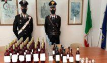 """Arrestato mentre fa """"scorta"""" di alcolici al supermercato nascondendoli nei vestiti"""