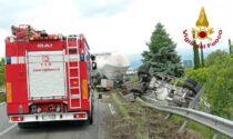 Incidente a San Biagio di Callalta, camion finisce ribaltato fuori strada