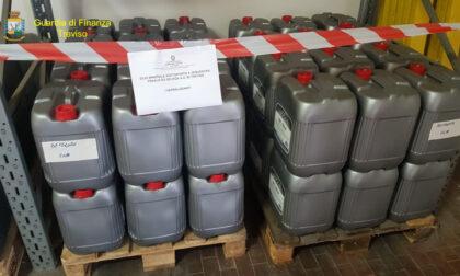 """Tonnellate di olio motore di contrabbando sequestrate sulla """"rotta balcanica"""""""