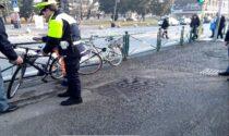 Fermato un giovane intento a contrattare una bici appena rubata