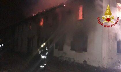 Divampa l'incendio nell'abitazione a Mansuè, tre persone salvate dai pompieri