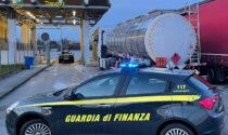 """Benzina di contrabbando spacciata per """"solvente"""": sequestrati oltre 31mila litri a Treviso"""