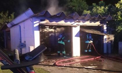 Utensili elettrici sotto carica provocano un incendio nel garage a Codognè