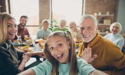 Festa dei nonni: le migliori frasi di auguri e le immagini gratis da inviare via WhatsApp