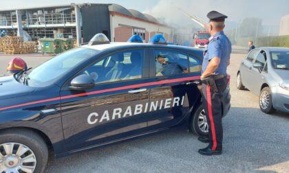 """Incendio alla """"Idroferramenta"""" di Onè di Fonte: Vigili del fuoco al lavoro"""